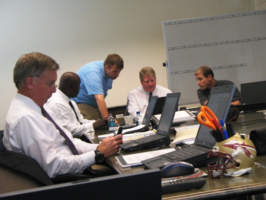 0609_draft_room.jpg