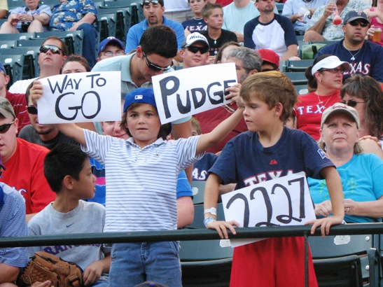 0617_pudge_signs2.jpg