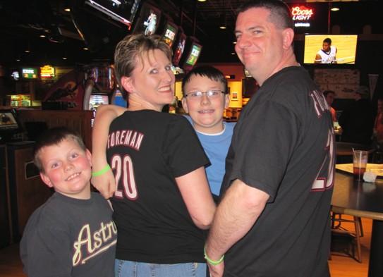 0105_family.jpg